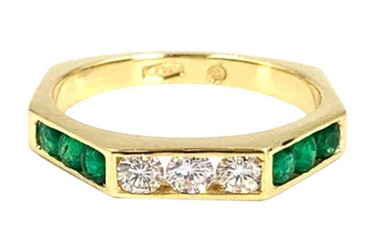 18 karat emerald and diamond modern band ring