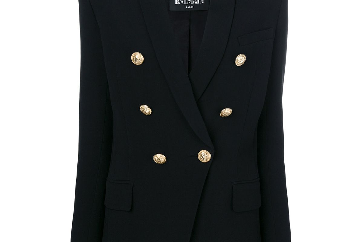 Exaggerated double-breasted blazer