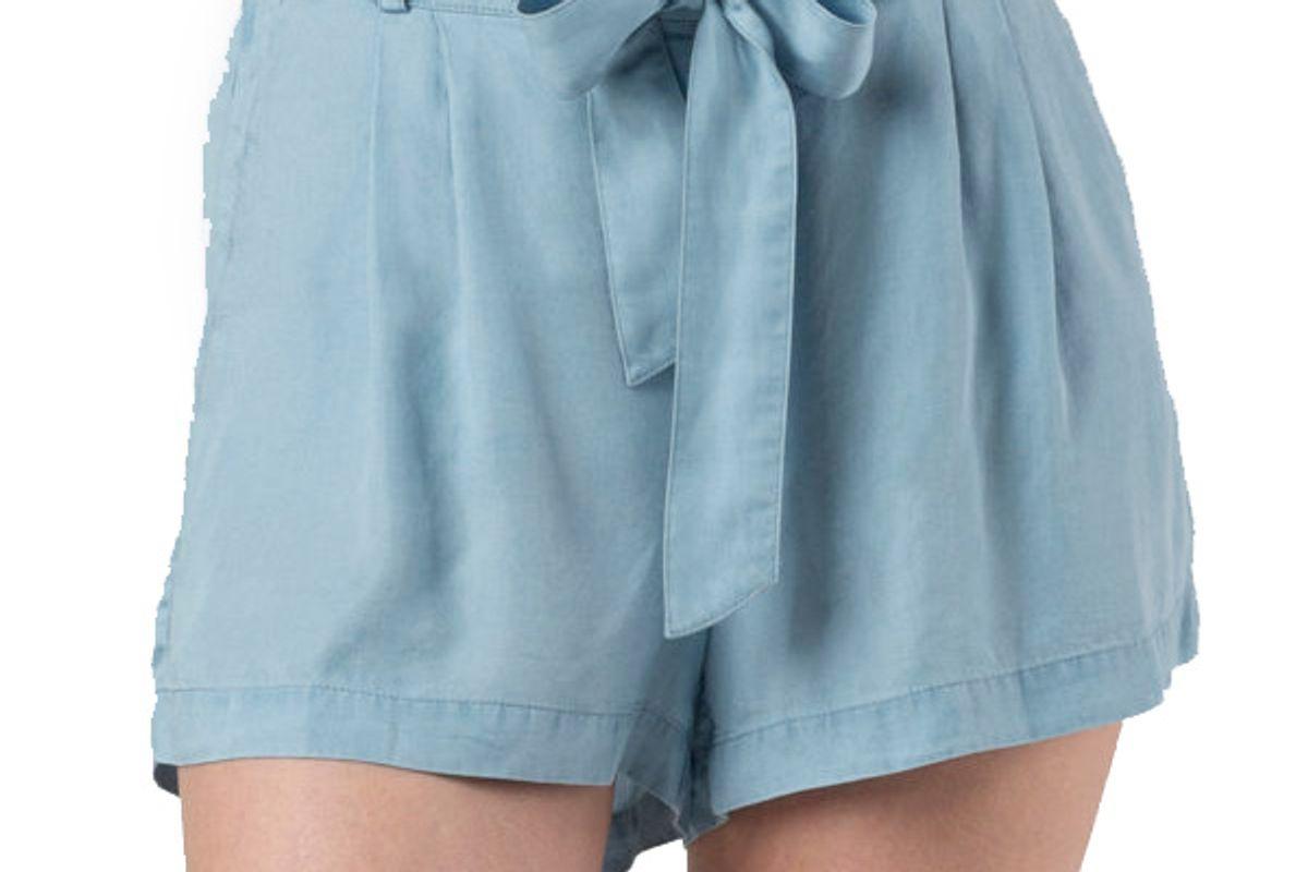 Britt Chambray Short W/Front Bow