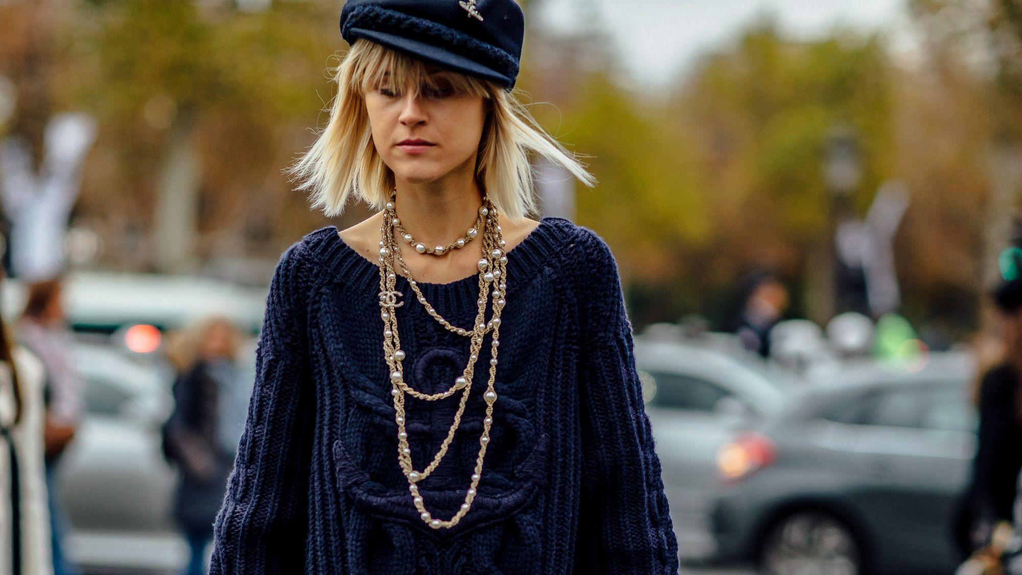 chain embellishments