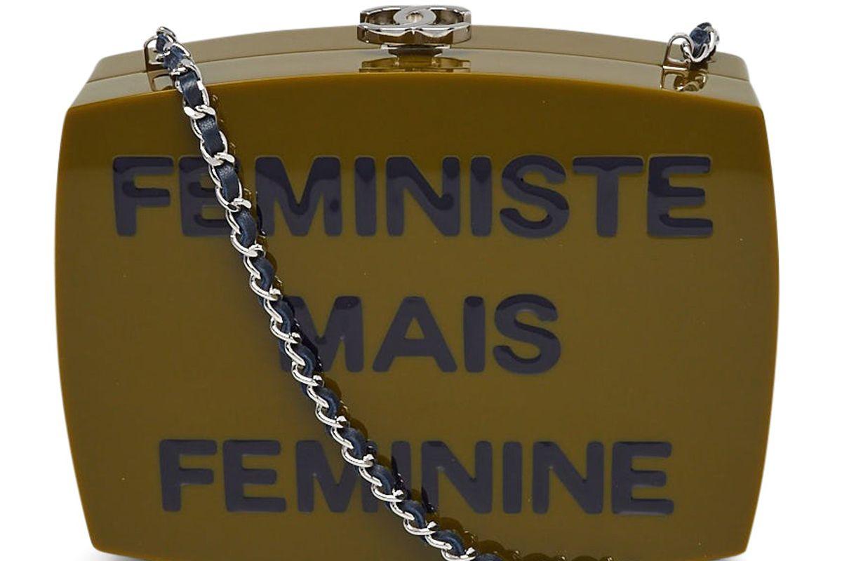 chanel feministe mais feminine box clutch