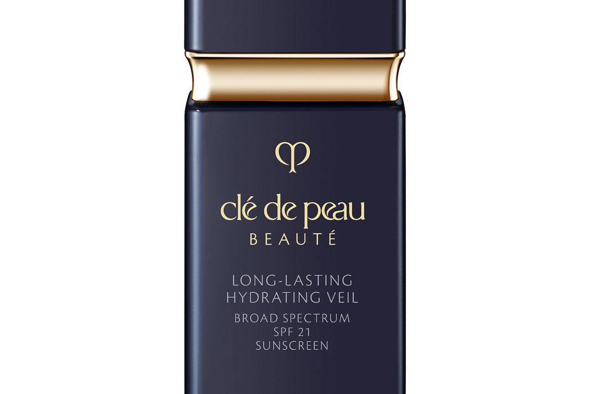 cle de peau beaute long lasting hydrating veil broad spectrum spf 21 sunscreen