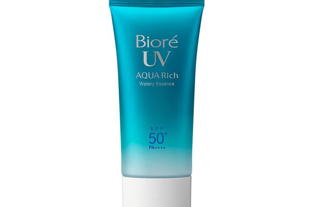 biore uv rich watery essence