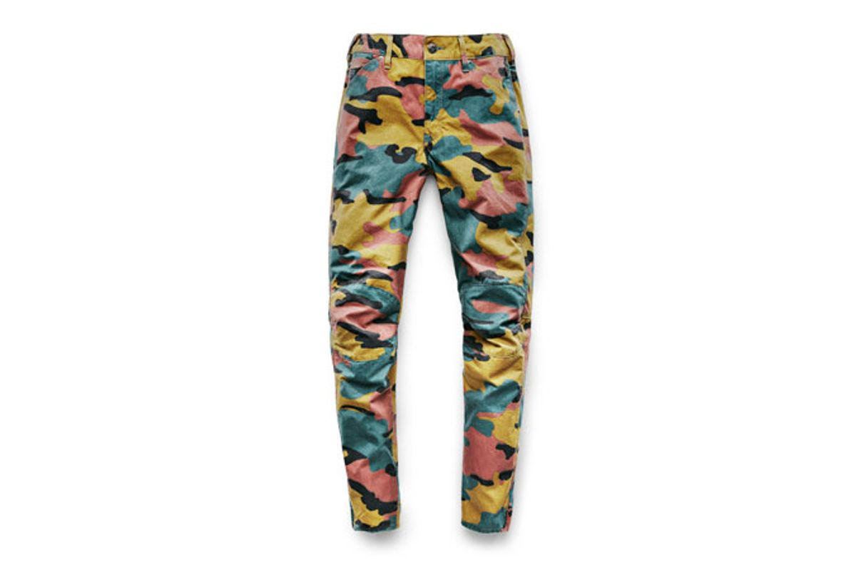 Elwood X25 3D Boyfriend Women's Jeans in Jigsaw Camouflage Print