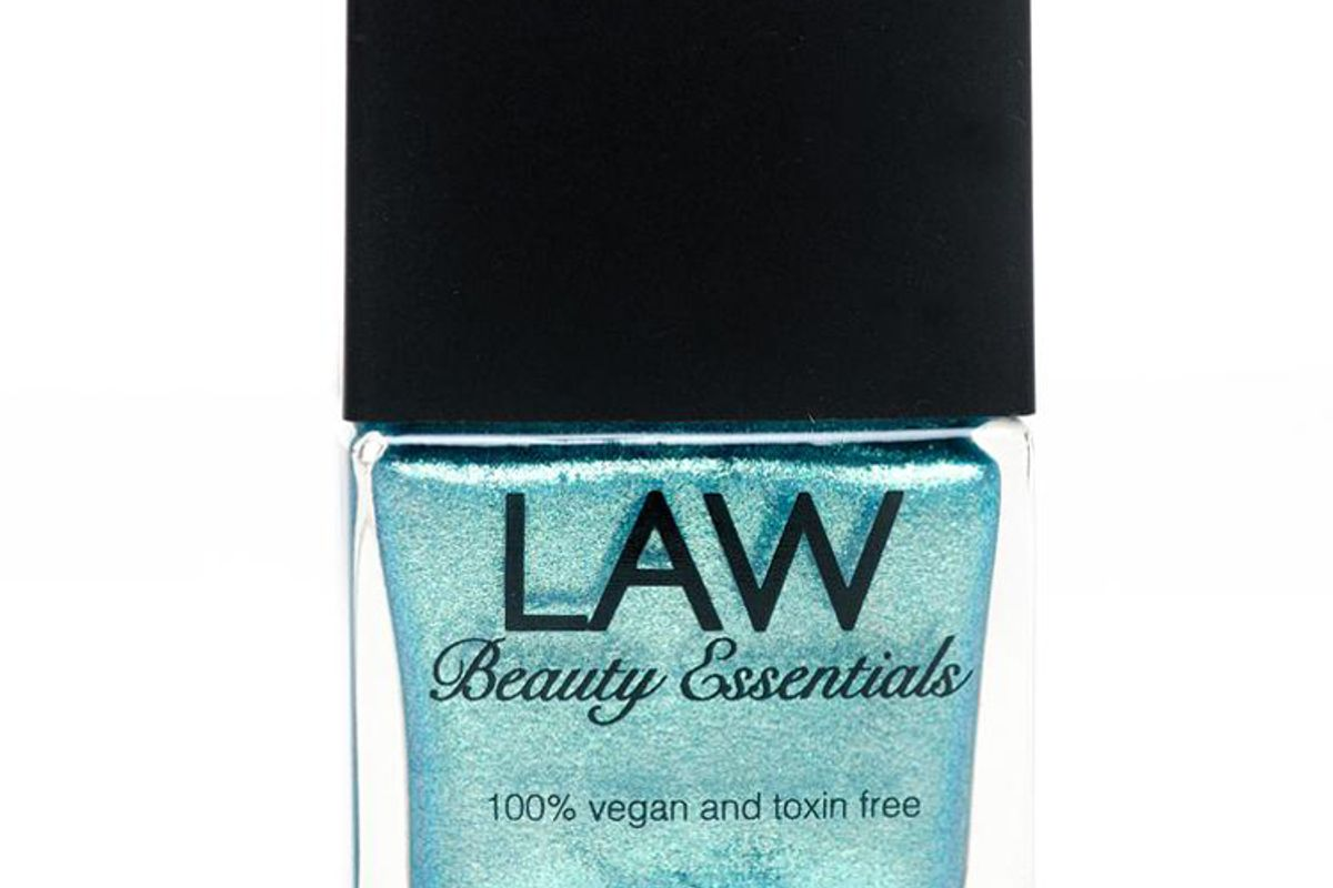 law beauty essentials dream breeze