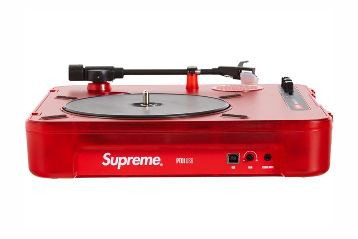 numark supreme numark pt01 portable turntable red