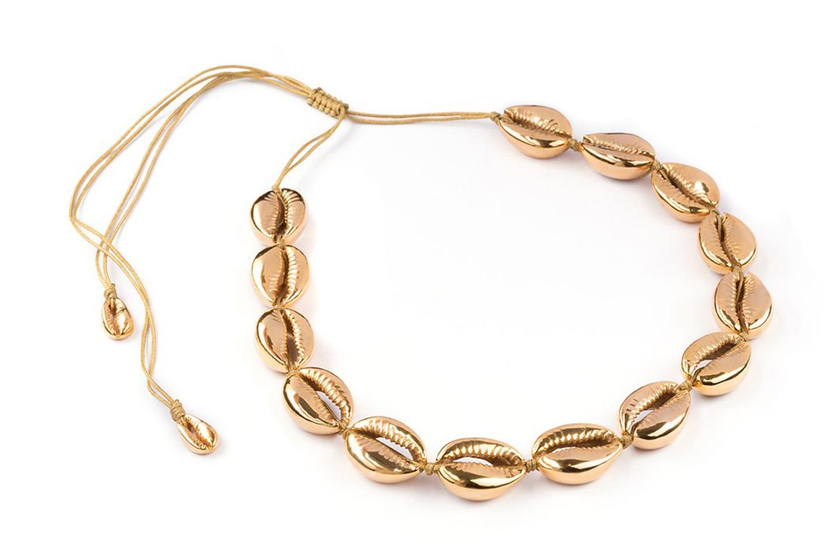 tohum large puka shell necklace in gold