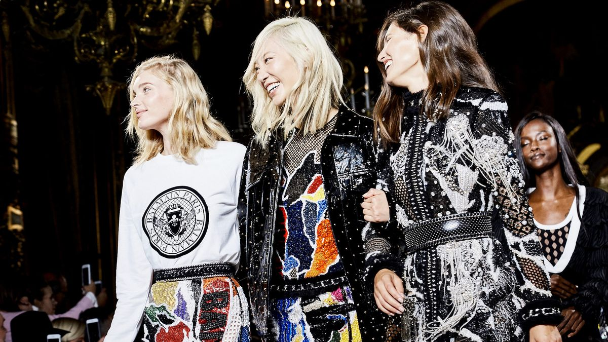 See Up-Close Details Of Balmain's Spring 2018 Collection