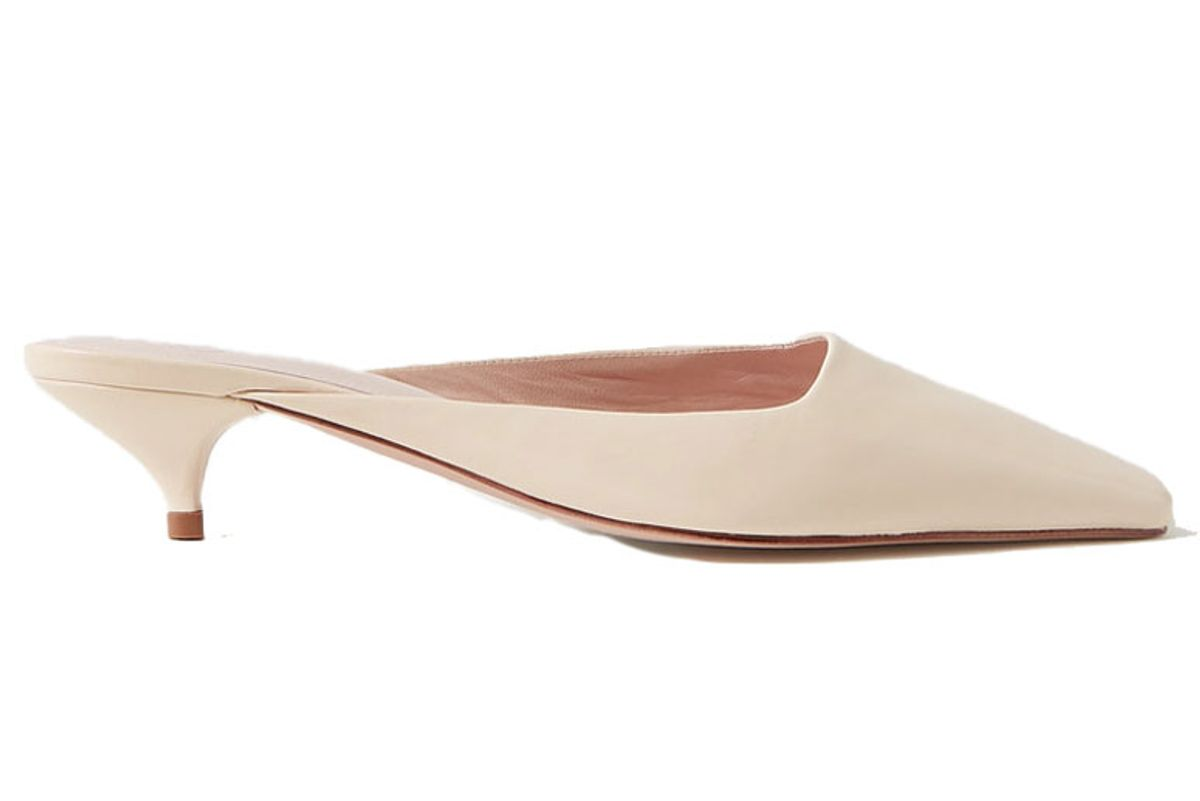 porte and paire leather mules