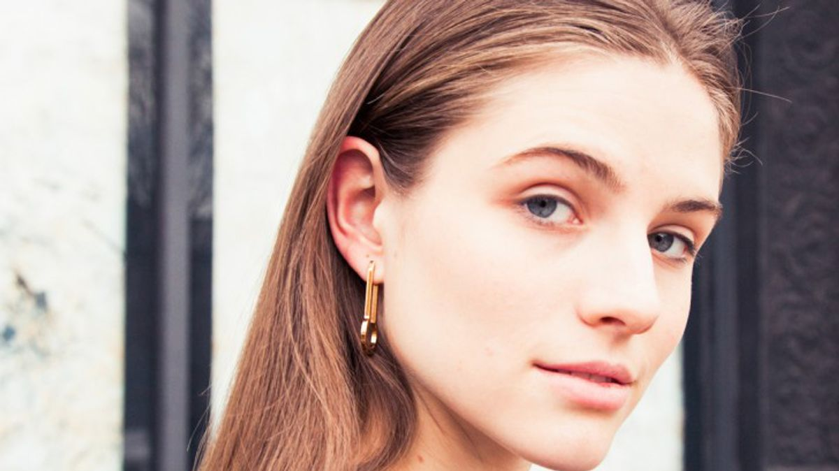 These Sold-Out Earrings Have a 500-Person Wait List