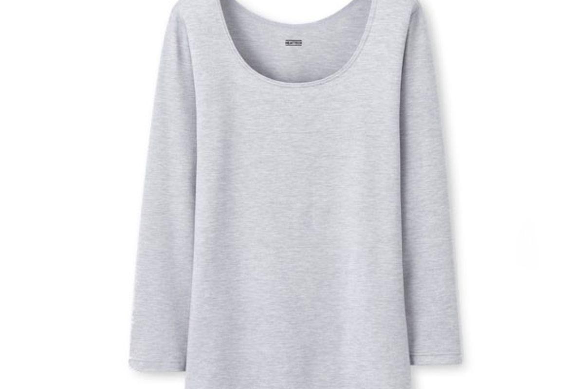 Women Heattech Scoop Neck T-Shirt in Gray