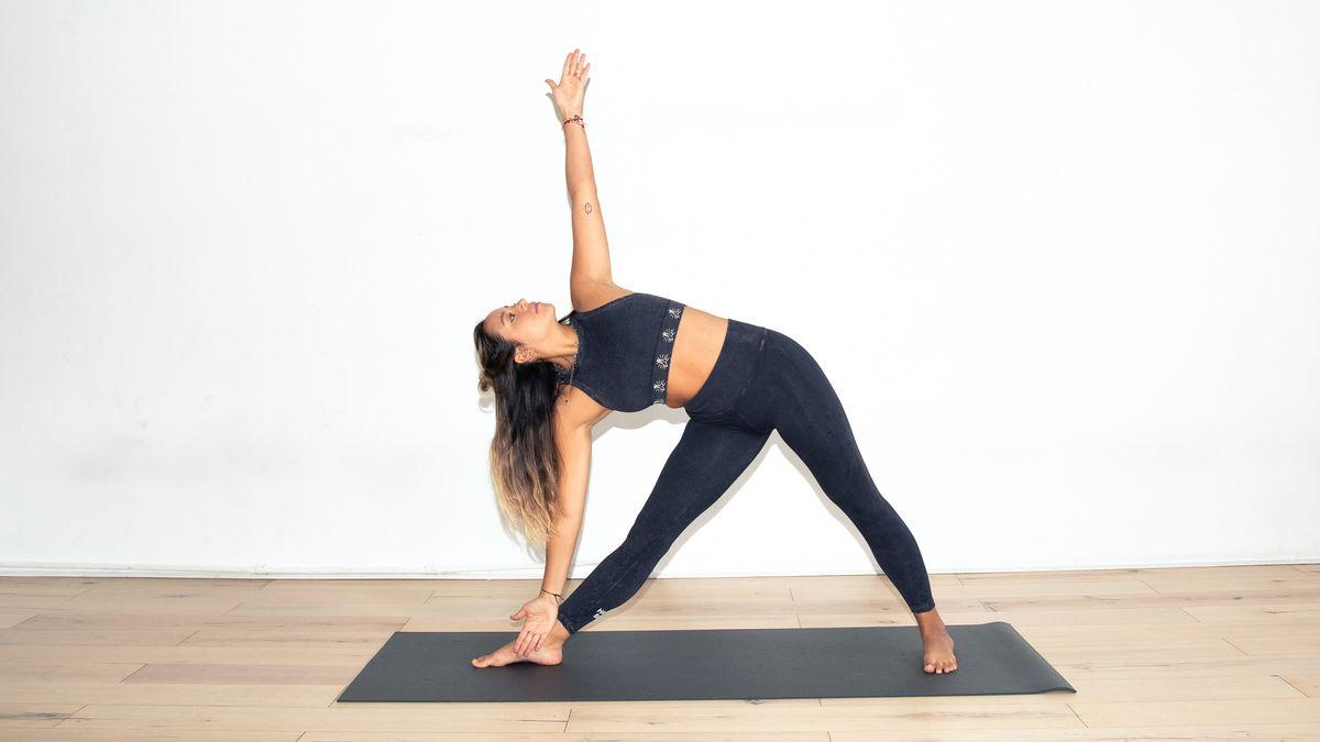 y7 30 day yoga challenge