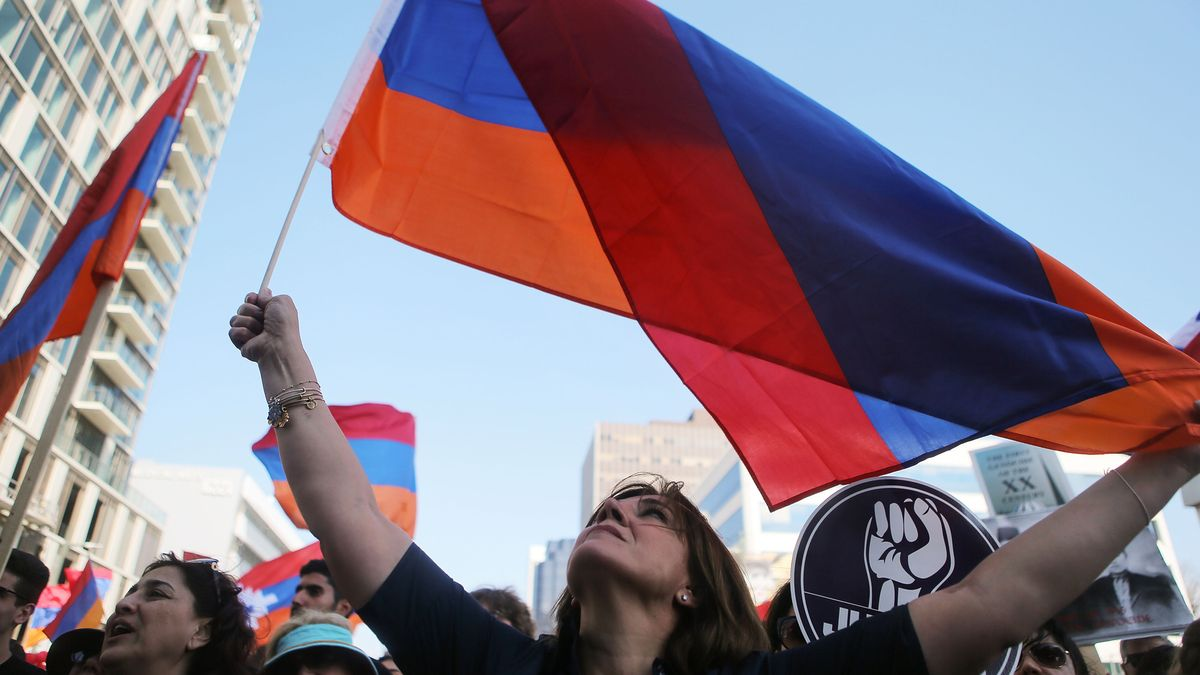 armenian women share their traditions and families history