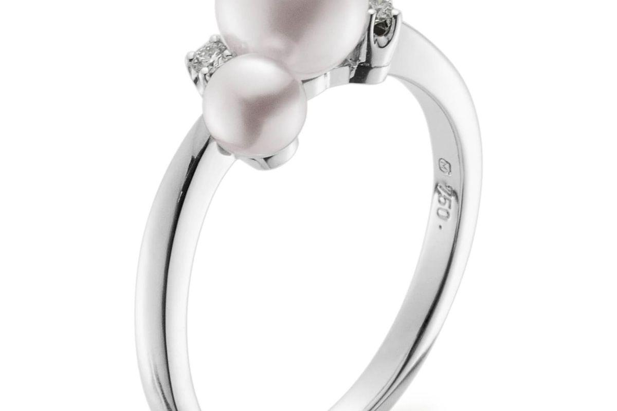mikimoto pearl and diamond ring