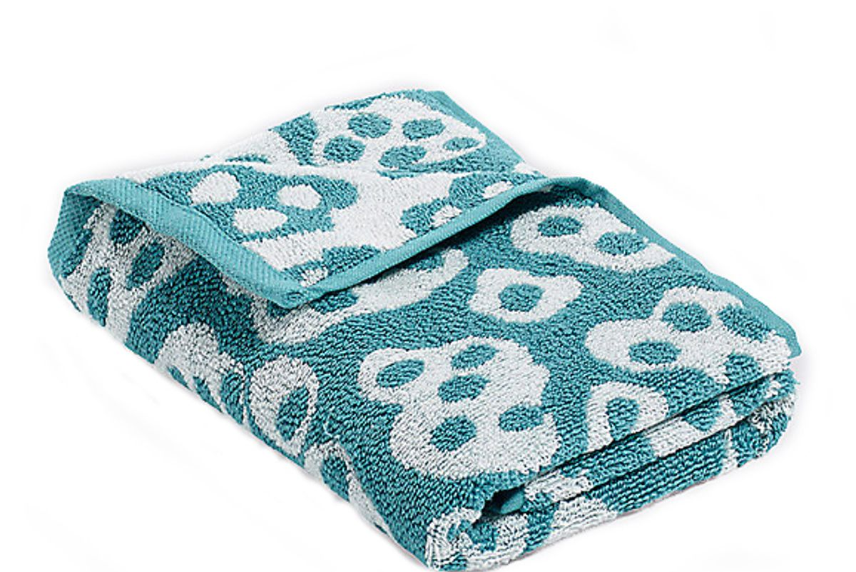 hay he she it towels