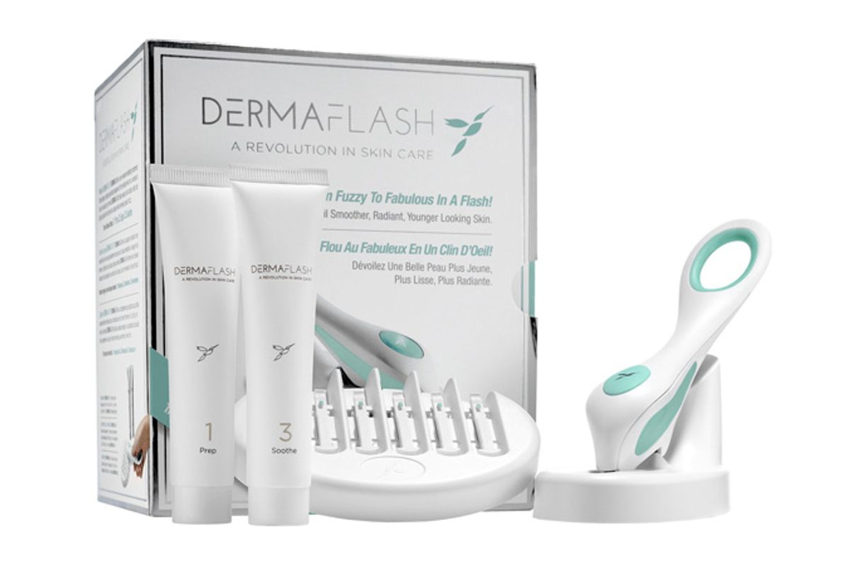 Dermaflash Facial Exfoliating Device