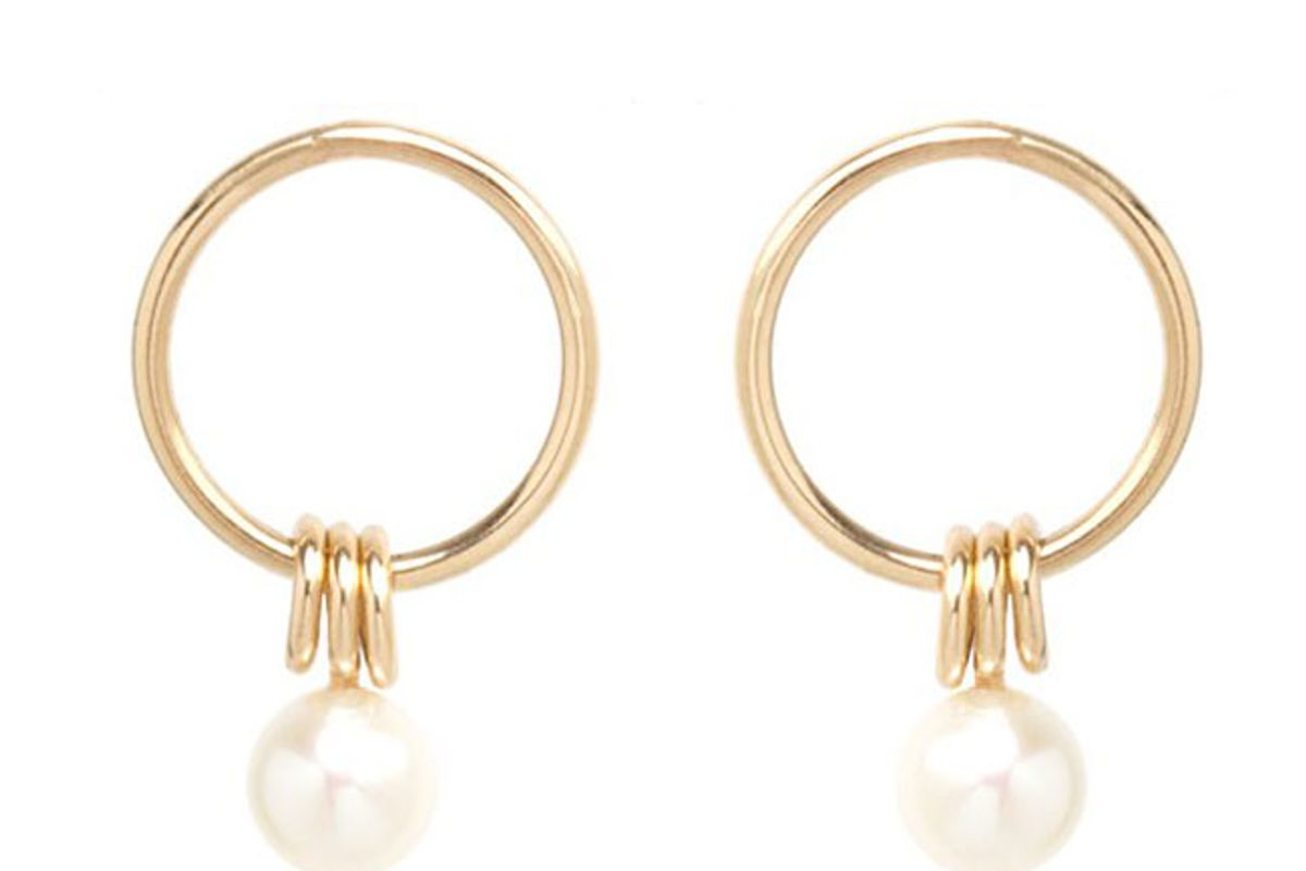 zoe chicco 14k small circle earrings with 3 rings and a pearl