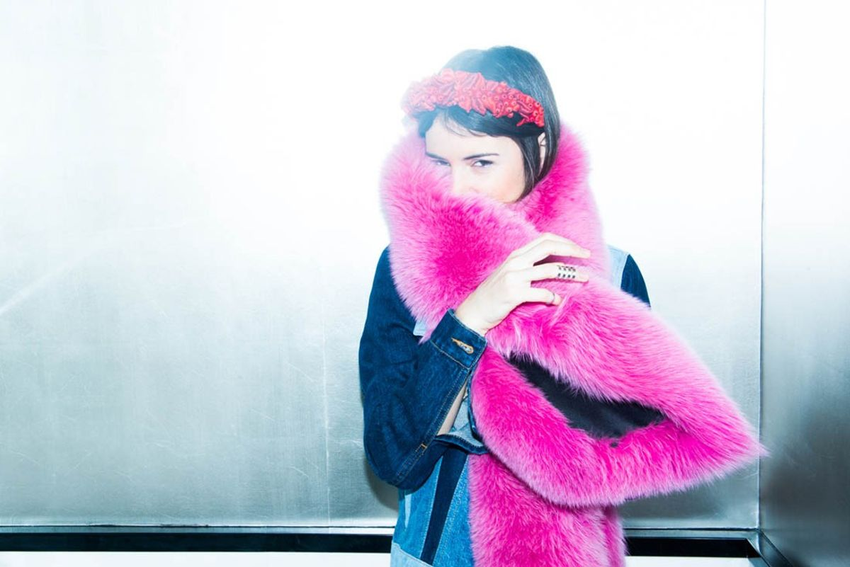 How to Pull Off The Fun Fur Stole