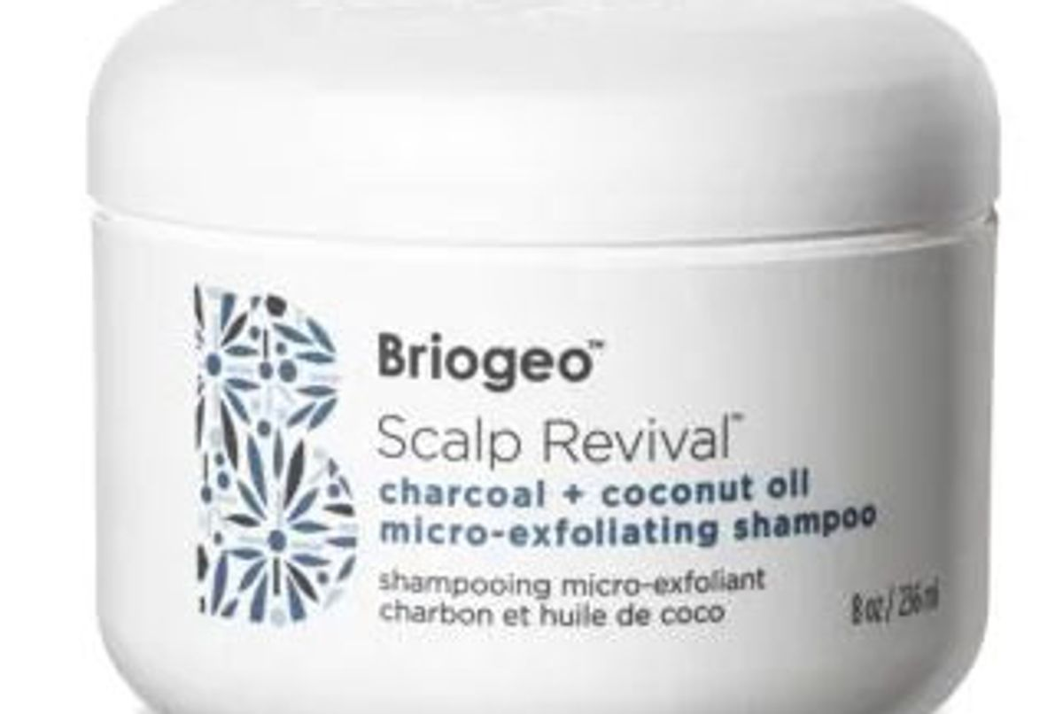briogeo scalp revival charcoal and coconut oil micro exfoliating shampoo