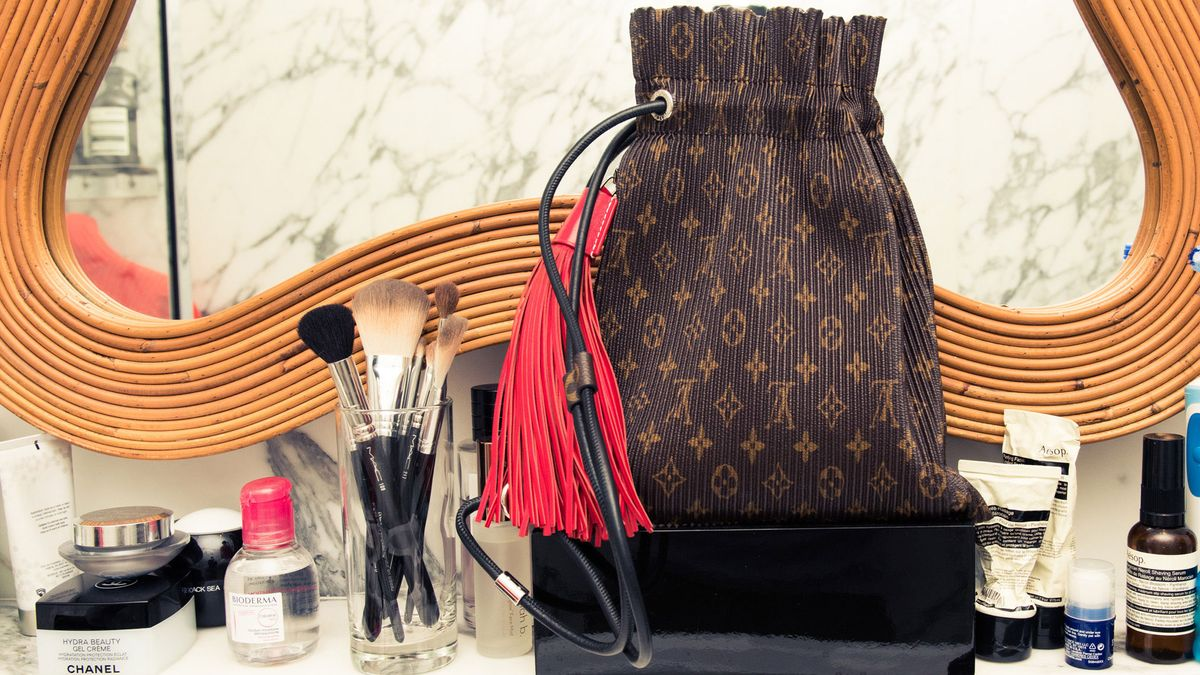 french girl beauty essentials for holiday parties