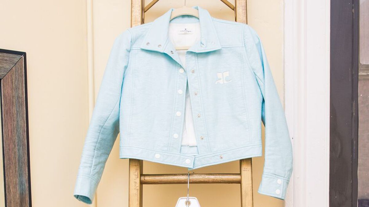 shop 2019 baby blue trend