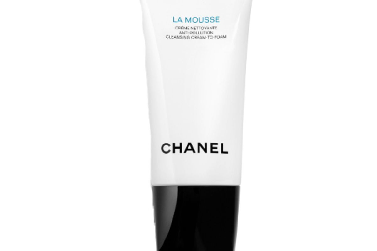 chanel la mousse anti pollution cleansing cream to foam