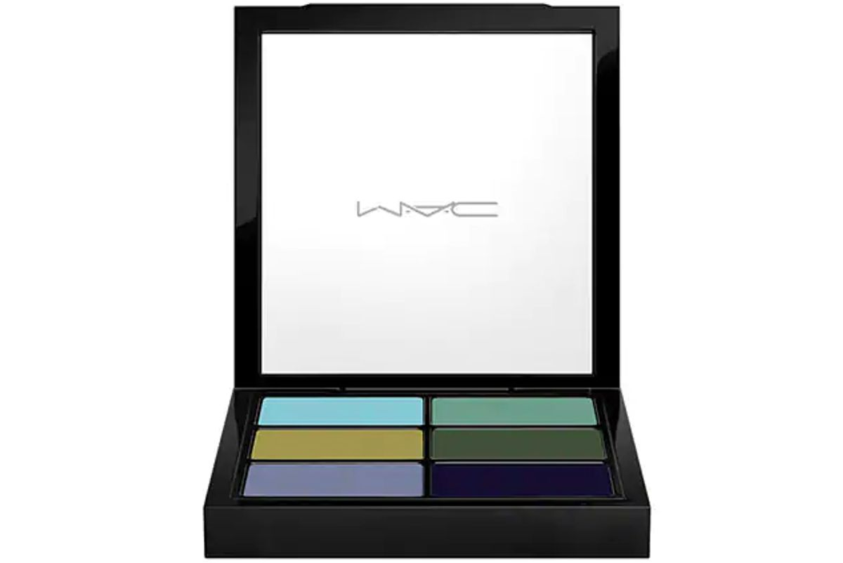 mac pro eye palette the bad girl