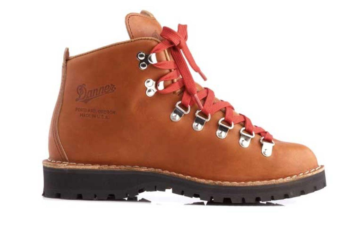 danner mountain light cascade hiking boots womens