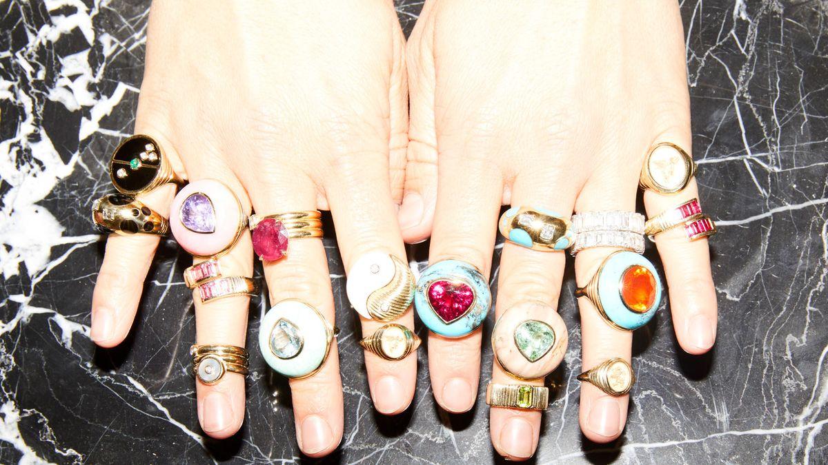 shop signet rings