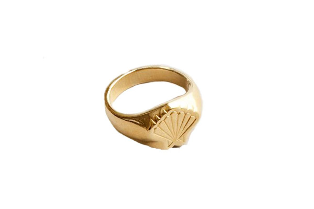 wolf circus marcel signet ring in gold