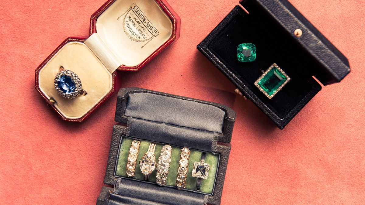 28 Gorgeous Celebrity Engagement Rings