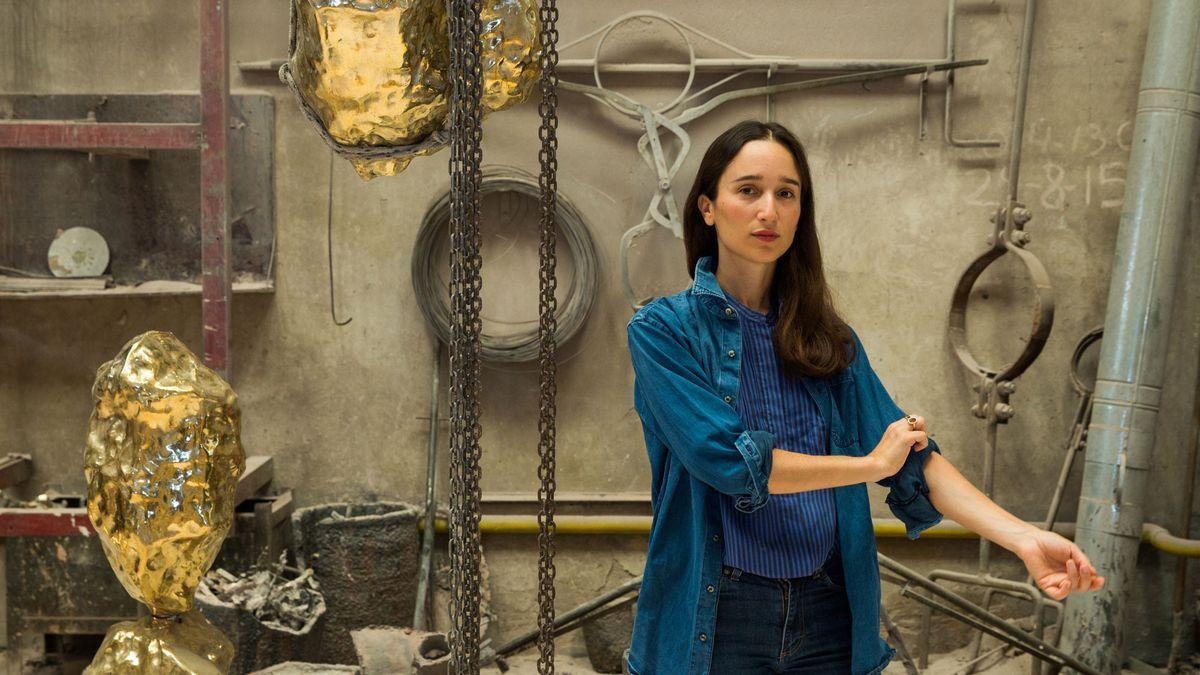 inside luna paiva workshop