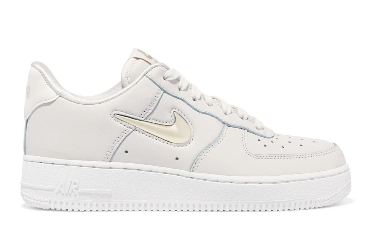 nike air force 1 07 lx leather sneaker