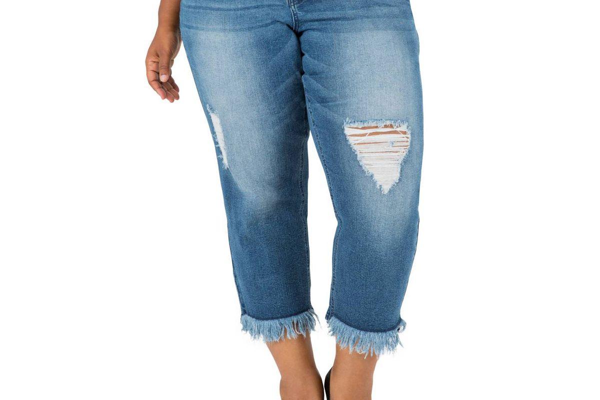 Verla Frayed Hem Crop Boyfriend Jeans