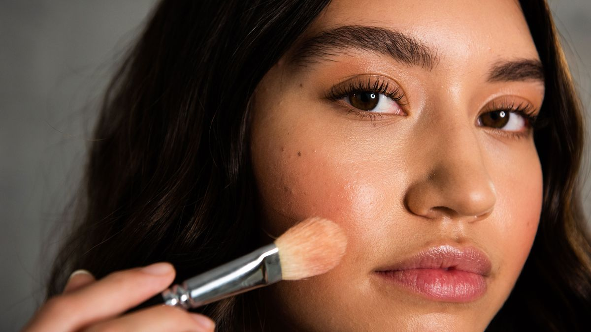 highlighters for dewy skin