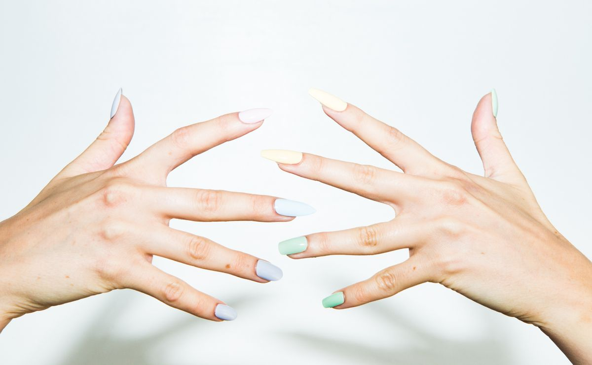 5 Nail Shapes (& How to Get 'Em)