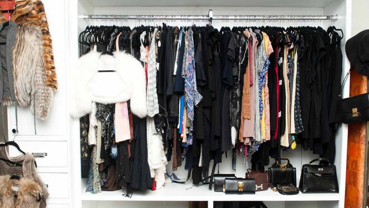 I Always Ask These 5 Questions before Cleaning My Closet