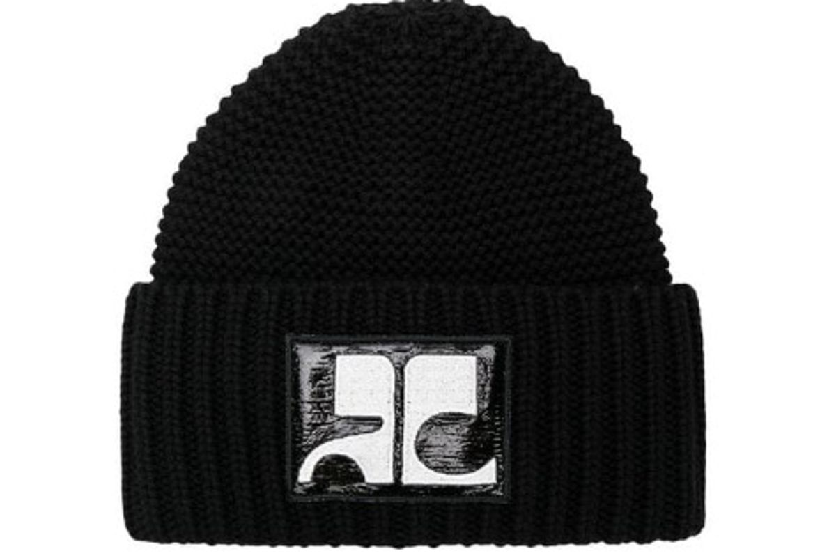 courreges logo patch ribbed hat