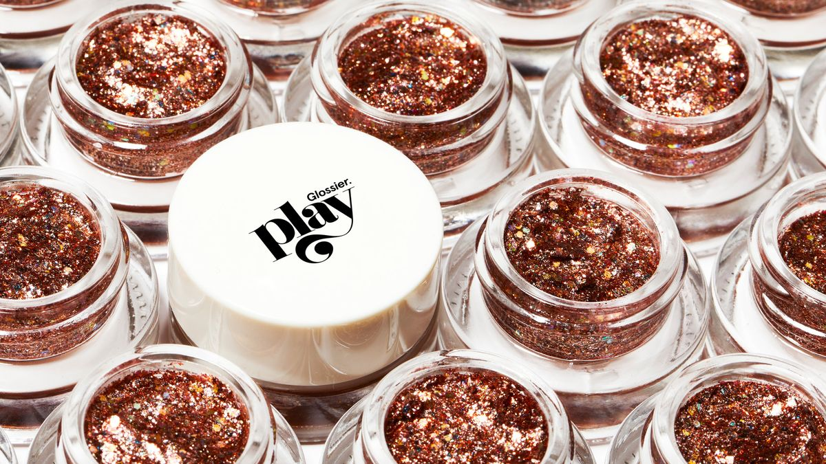 glossier play launch