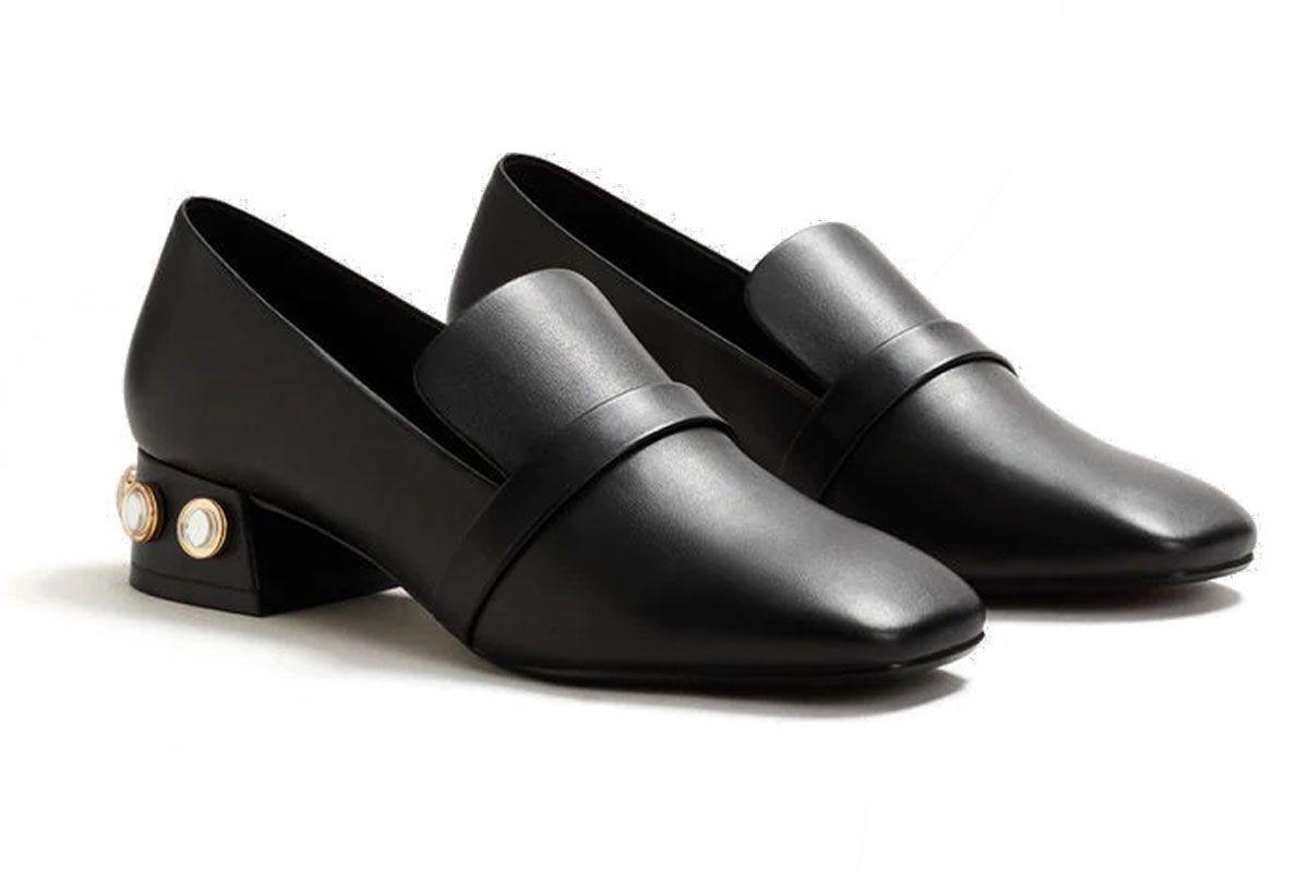 Appliqué Heel Loafers