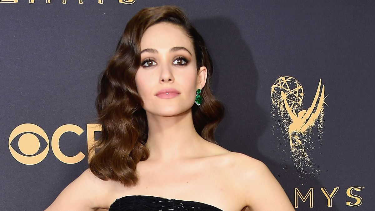 The Best Beauty Moments from the 2017 Emmy Awards