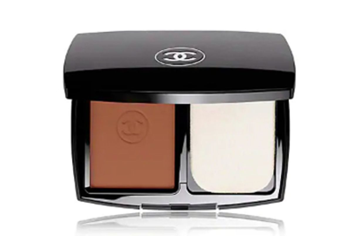 chanel le teint ultra tenue ultrawear flawless compact foundation broad spectrum spf 15 sunscreen