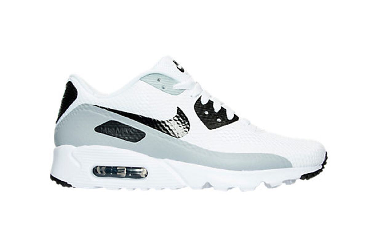 Air Max 90 Ultra Essential Running Shoes