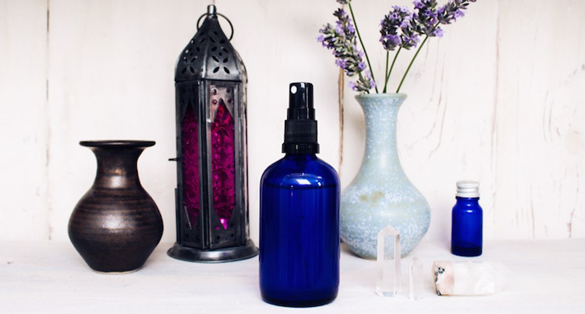 How To Make Your Own All-Natural Face Mist