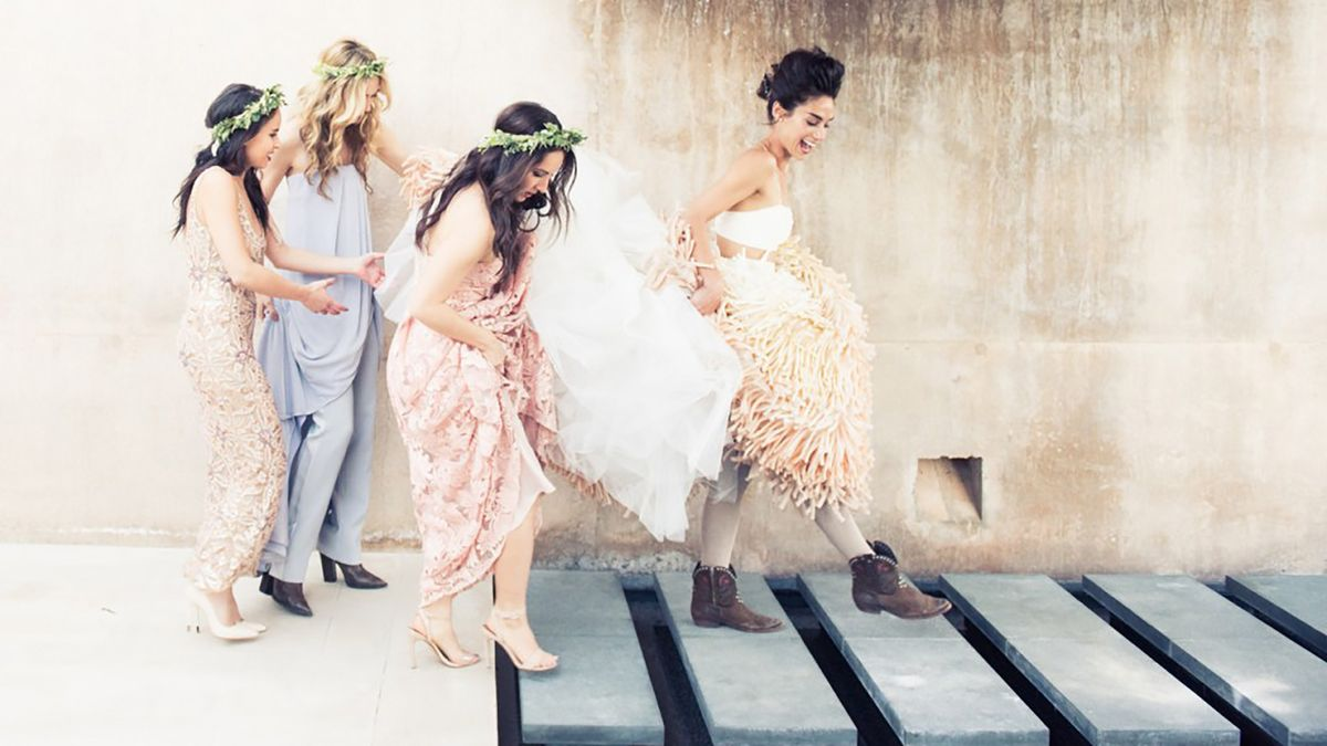 Why I'd Rather Be a Bridesmaid Than a Maid of Honor