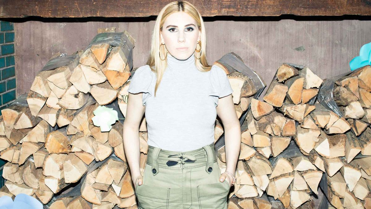 5 Things We Learned about Zosia Mamet in 5 Minutes