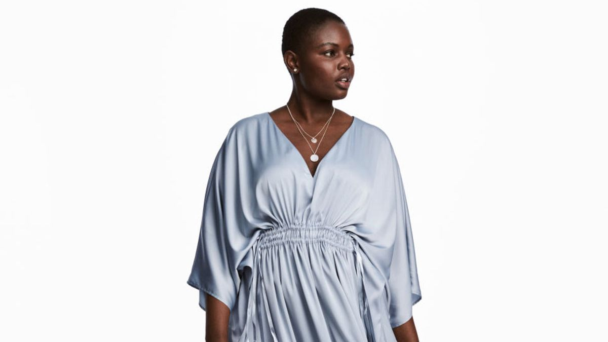 29 Plus-Size Caftans That You Can Wear into Fall