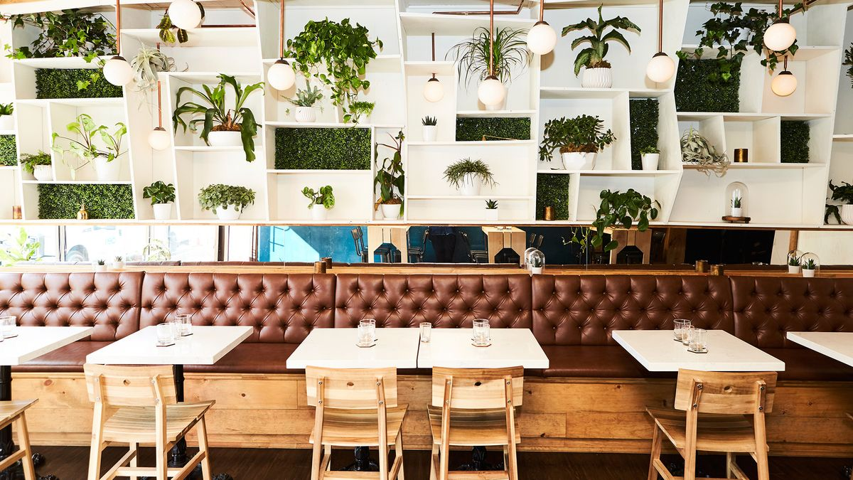 The New Cozy Toronto Bar You've Been Waiting For