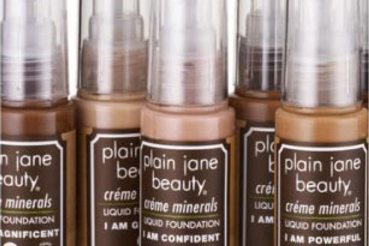 Creme Minerals Foundations
