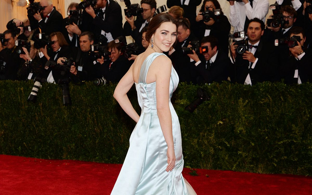 Is This What Bee Shaffer's Wedding Dress Will Look Like?